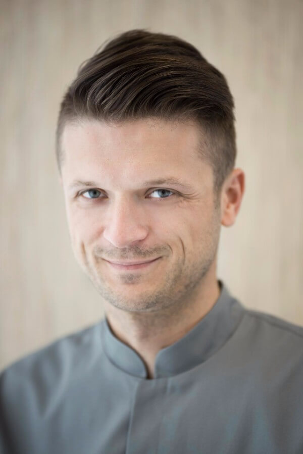 lek. dent. Krzysztof Dragun